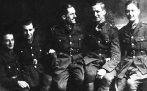 Ted Pulleyn of Turnpike Lane and army friends c1916