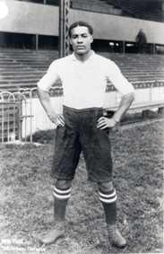 Walter Tull in Spurs kit©Bruce Castle Museum